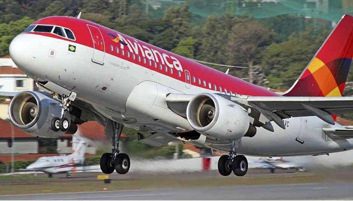 Avianca anuncia que usuarios deberán pagar sobrecosto por segunda maleta