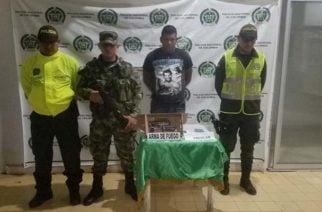 En vídeo: Hombre fue capturado en Buenavista por portar arma de fuego ilegalmente