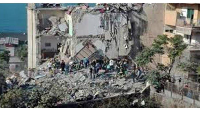 Más de 100 niños atrapados por derrumbe de edificio en una escuela de Nigeria