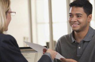 Proponen emplear en cargos públicos a jóvenes sin experiencia