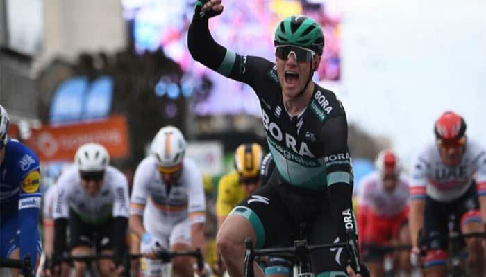 Sam Bennett, ganador de la tercera etapa de la París- Niza