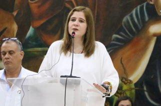 Sandra Devia Ruiz se posesionó como gobernadora del departamento de Córdoba