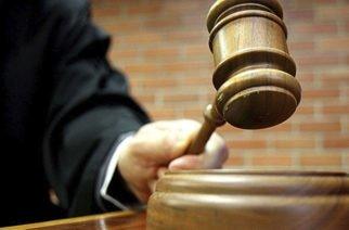 En EE.UU. condenan a madre de niña que murió asfixiada por descuido