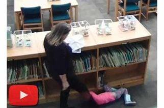 En Estados Unidos una profesora pateó a una niña de 5 años
