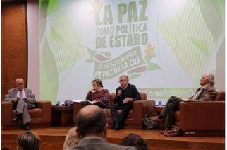 En el marco de los 25 años del Acuerdo de Paz CRS, el senador Antonio Sanguino lideró conversatorio 'La paz como política de Estado'