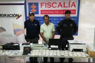 Falsificador de documentos para venezolanos fue capturado en Cali