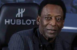Hospitalizan a Pelé tras sufrir crisis en un hotel de París