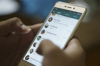Nueva actualización de WhatsApp trae opción de permiso para agregarlo a grupos