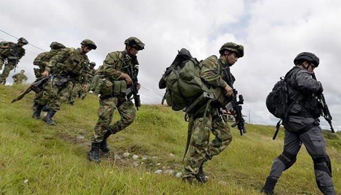 Según el Ejército campesinos desplazados pueden retornar pero estos aseguran que no tienen garantías