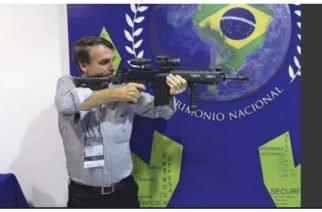 """A lo Rambo: Presidente de Brasil afirma que si alguien entra a su casa """"mete bala"""""""