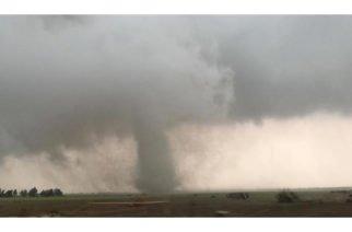 Devastador tornado en EE.UU. dejó tres muertos