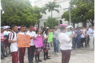 En Córdoba docentes irían a paro nuevamente por el no giro de los recursos de gratuidad