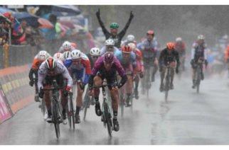 Fernando Gaviria, segundo en la quinta etapa del Giro de Italia