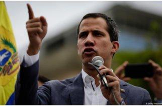 """Guaidó llama a Maduro  """"cínico"""" por proponer adelantar elecciones parlamentarias"""