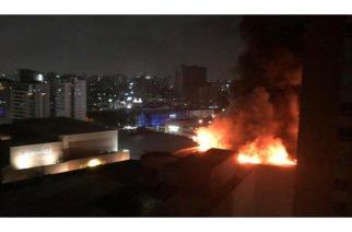 Video: Pérdidas millonarias tras incendio del C.C. Buenavista en Barranquilla