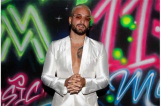 Maluma presentó 11:11, su nuevo álbum que incluye otro junte con Madonna