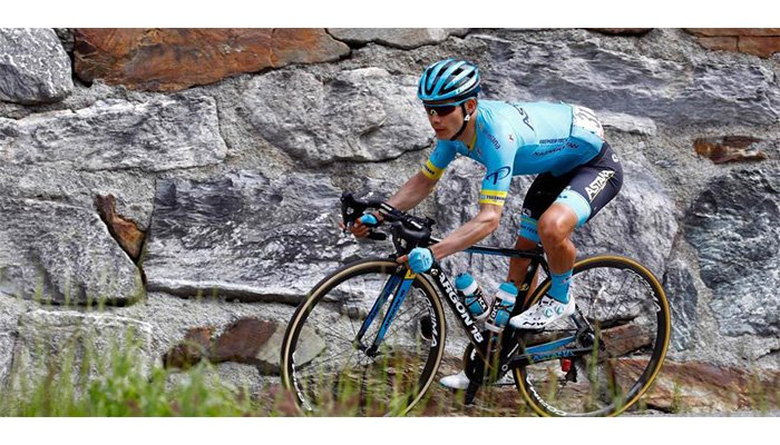 Miguel Ángel López ascendió en la clasificación general del Giro de Italia
