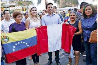 Perú multará a empresas que discriminen laboralmente a migrantes venezolanos