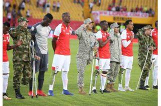 Santa Fe y Millonarios homenajean a soldados heridos en combate