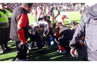 Video: El angustioso momento en que un árbitro desmaya y muere en pleno partido