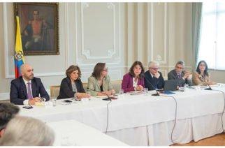'Pactos por el crecimiento', el proyecto impulsado por el Ejecutivo y los gremios