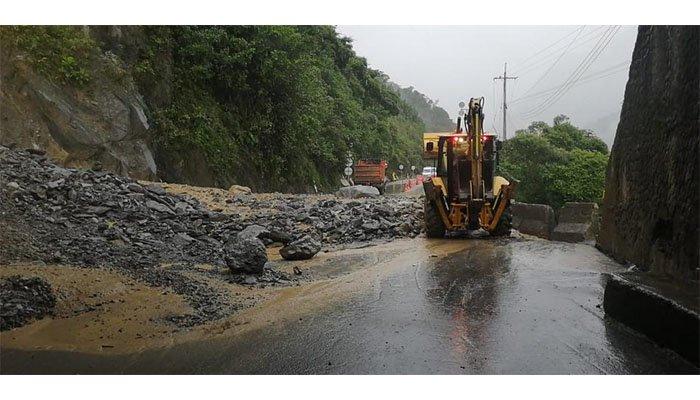 Gobierno destina más de $1,2 billones para enfrentar emergencia en vía al Llano y mitigar afectaciones