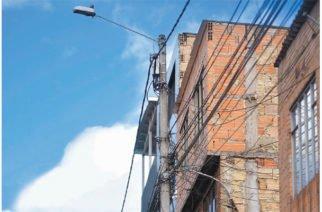Familias en informalidad eléctrica adeudan 381 mil millones de pesos a Electricaribe