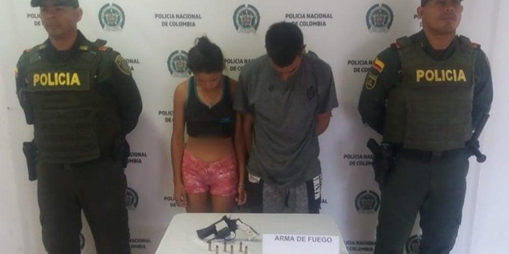 Capturan en Tierralta a un hombre y una mujer por porte ilegal de arma de fuego