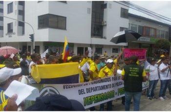Jubilados de las Fuerzas Militares y Policiales denuncian irregularidad en atención médica