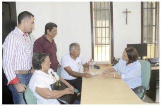 Lucho Jiménez entregó firmas ante Registraduría para postularse nuevamente a la Alcaldía de Montería