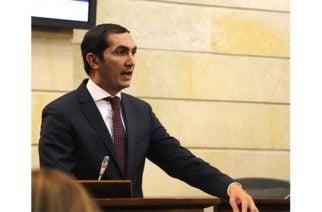 Senador Barguil propone papeleta que consulte a los colombianos sobre consumo de alcohol y droga en espacios públicos