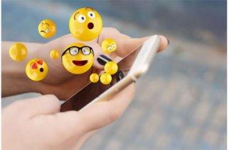 ¡Cada día son más creativos! Hoy se celebra el Día Mundial del Emoji
