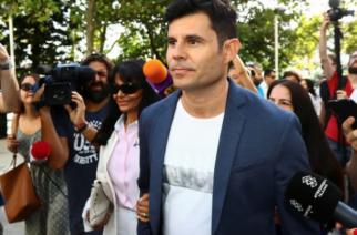 La justicia determinó que Julio Iglesias es padre biológico de Javier Sánchez