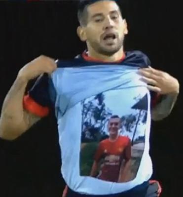 Multan a Agudelo con más $8 millones por la forma en la que festejó sus goles en honor a su hermano