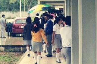 Joven de 16 años intentó suicidarse al lanzarse del segundo piso de su colegio en La Pradera