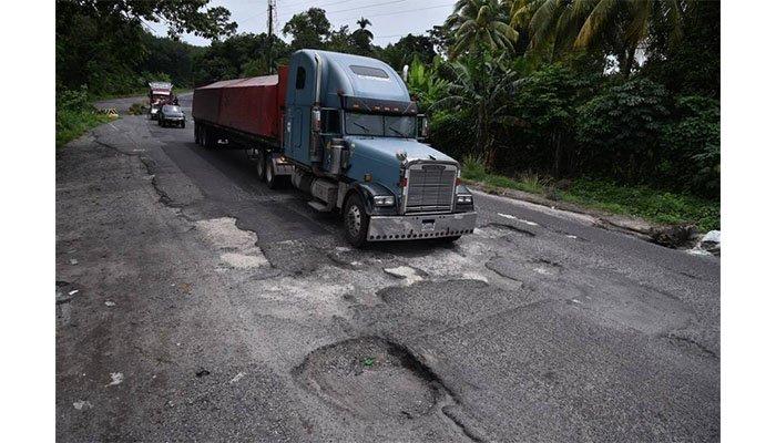 Invías advirtió que en 2020 se invertirá mucho menos en carreteras nacionales