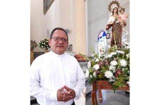 Padre Alfredo Ramos invita a la feligresía a la eucaristía y procesión de la Virgen del Carmen en Montería