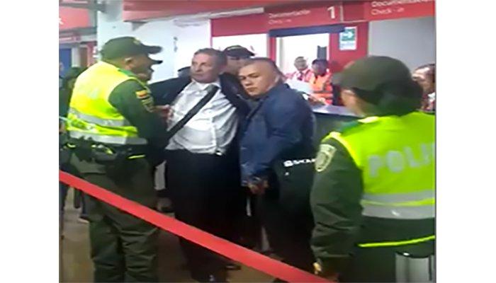 VIDEO: Darío Gómez protagoniza escándalo con la Policía en aeropuerto de Pasto