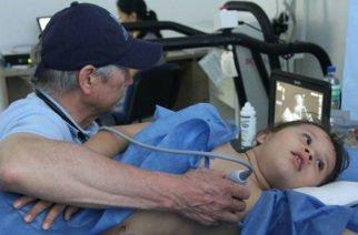 A través del programa 'Regale una Vida' 30 niños cordobeses recibirán tratamiento gratuito por problemas cardíacos