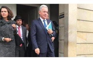 Corte Suprema llama a Uribe a indagatoria por presunta manipulación de testigos
