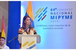 Gobierno asegura que pequeñas y medianas empresas son el eje fundamental de los Pactos por el Crecimiento