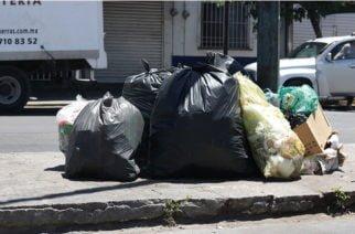 Hallan a una bebé muerta en una bolsa de basura en Guaviare