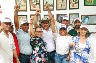 Orlando Benítez sostuvo encuentro con diputados de la Asamblea de Córdoba