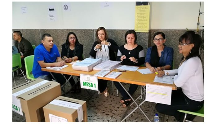 Proyecto busca pago para los jurados de votación y transporte para los electores