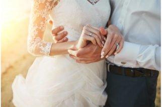 Una pareja muere cinco minutos después de su matrimonio en trágico accidente