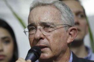 Uribe propone quitar el Acuerdo de Paz de la Constitución