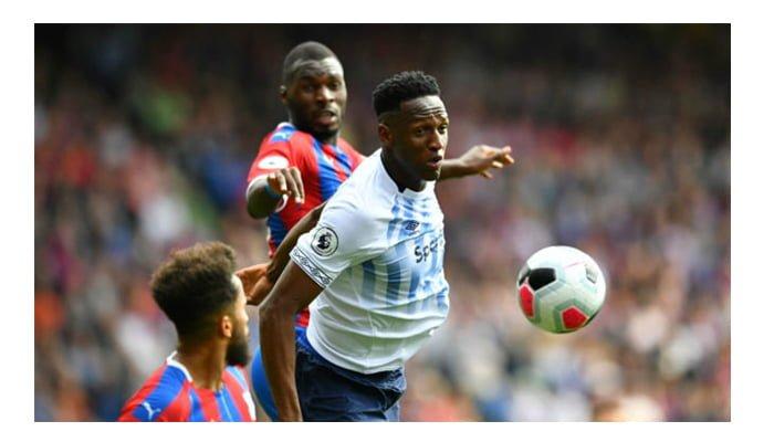 """""""Somos muy afortunados de tenerlo"""": Seamus Coleman sobre Yerri Mina en el Everton"""