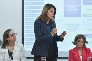 """""""Si no generamos desarrollo económico el riesgo para el país es inmenso"""": Marta Lucía Ramírez"""