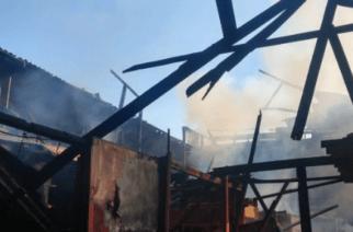 Evacúan parte del centro de Montería por incendio originado en el antiguo mercado