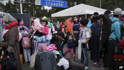 En Ecuador podrían abrir corredor humanitario para los migrantes venezolanos